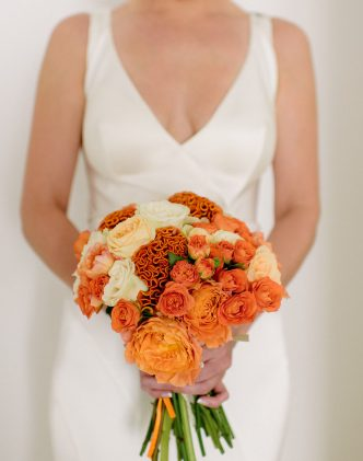 Real Wedding with orange decoration
